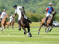 Warwickshire Cup polo action HB Polo Team and La Indiana